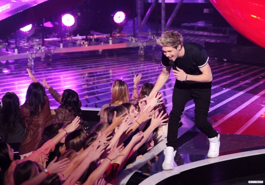 one direction,1d,1d los angeles la 20.12.12,x factor usa,niall horan