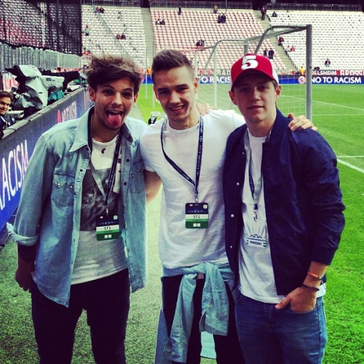 one direction,1d,1d munich 23.04.13,liam payne,louis tomlinson,niall horan,football game