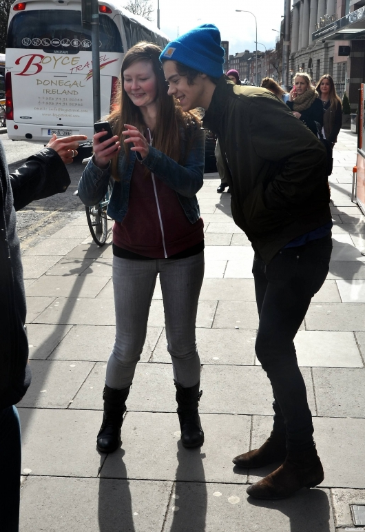 one direction,1d,1d dublin ireland 14.03.13,harry styles,fans