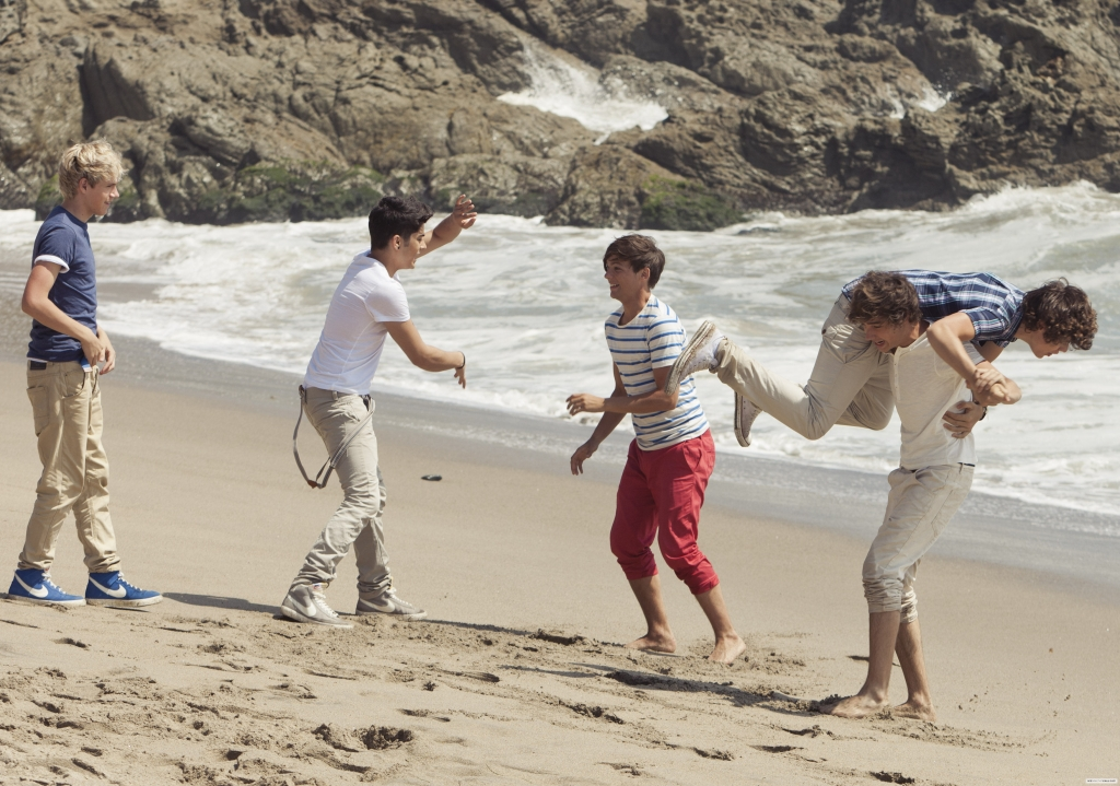 """1D, """"What Makes You Beautiful"""" photoshoot 