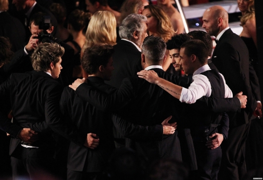 one direction,1d,royal variety show 2012,harry styles,liam payne,louis tomlinson,niall horan,zayn malik,robbie williams