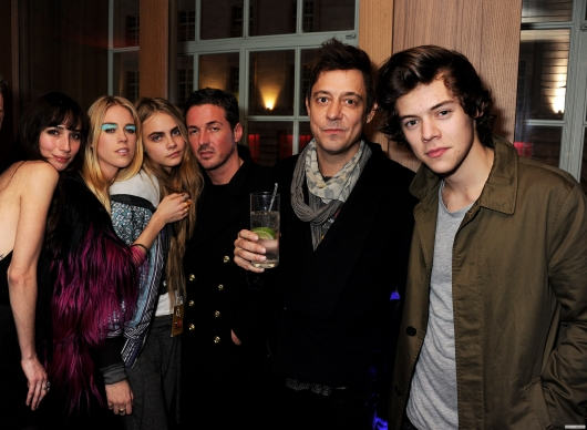 one direction,1d,1d 18.02.13,harry styles, cara delavigne