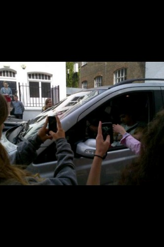 one direction,1d,harry styles,harry today,harry oggi,harry 28 07 12,harry 07 28 12,harry leaving his hotel,harry in london,harry a londra,happy harry pictures,happy harry photos,harry allegro foto