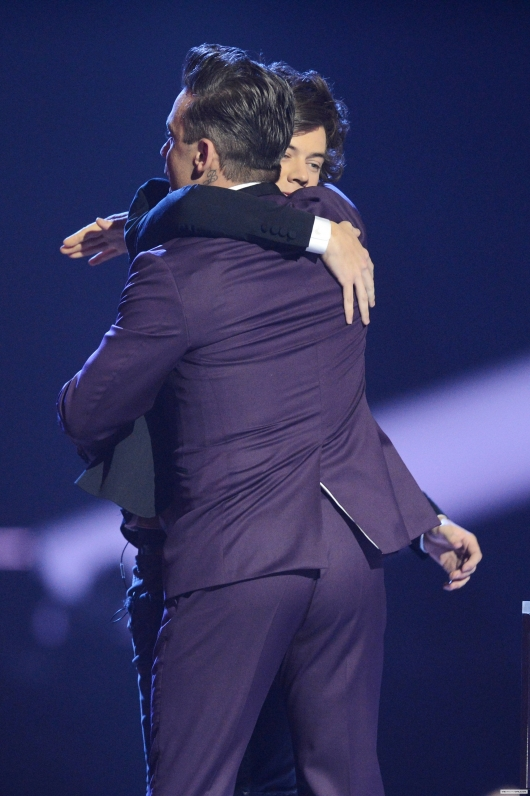 one direction, 1d, 1d 20.02.13, brit awards 2013, harry styles,robbie williams, global success award