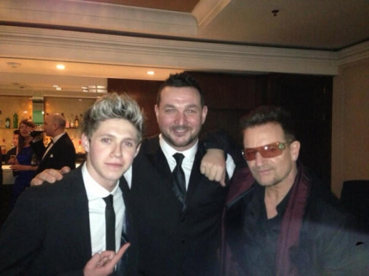 one direction,1d,1d 18.03.13,niall horan,paul higgins, bono vox, u2,tuxedo, vestito elegante