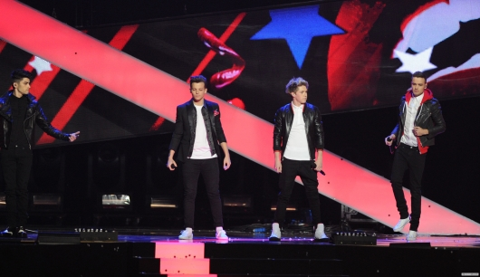 one direction,1d,1d 20.02.13,brit awards 2013,liam payne,louis tomlinson,niall horan,zayn malik,1d performing one way or another