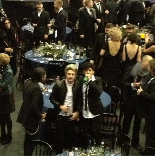 one direction,1d,1d 20.02.13,brit awards 2013,niall horan,antony riach