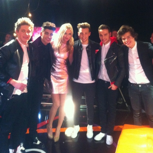 one direction,1d,1d 20.02.13,brit awards 2013,harry styles,liam payne,louis tomlinson,niall horan,zayn malik,backstage,laura whitmore