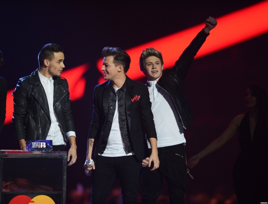 one direction, 1d, 1d 20.02.13, brit awards 2013, liam payne, louis tomlinson, niall horan, global success award