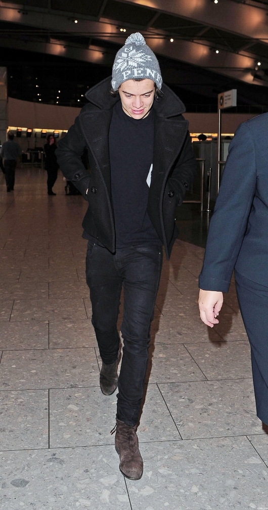 one direction,1d,1d 28.12.12,harry styles,heathrow,airport,aeroporto