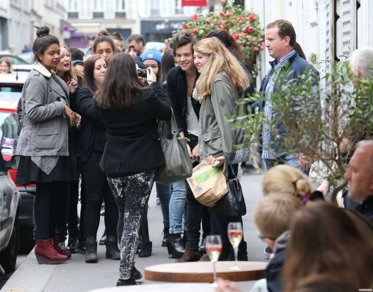 one direction, 1d, 1d 28.04.13, harry styles, harry in paris, fans