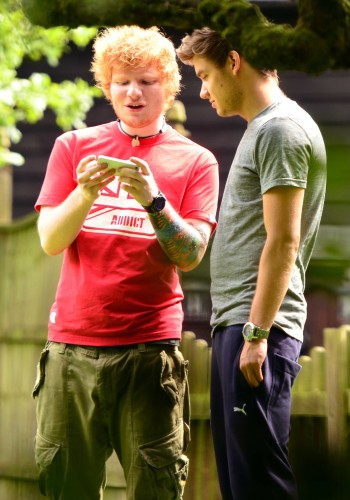 1D e Ed Sheeran a Londra, 8 agosto 2012 | One Direction Niall Horan One Thing